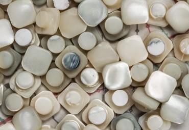 bouton en nacre, 1 lot 22 pièces