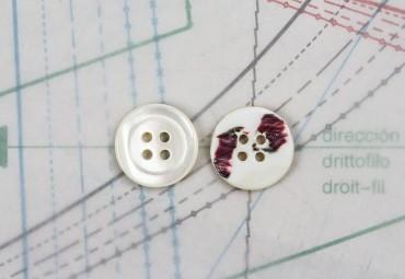 bouton en nacre, 1  lot 16 pièces