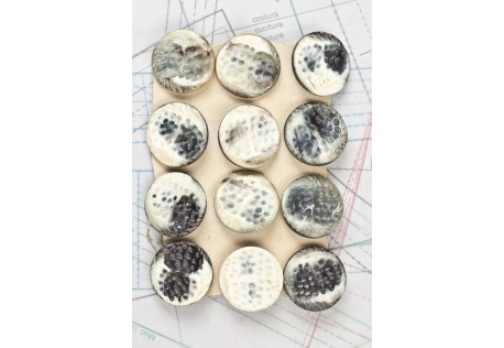 bouton en corne noire blanche, boucle insérée, 1 plaque de 12 boutons