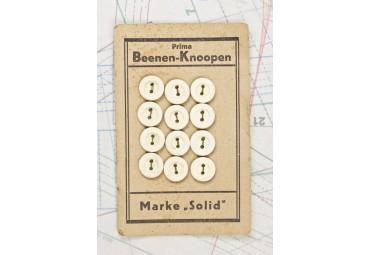 bouton en os 1 plaque de 12 boutons